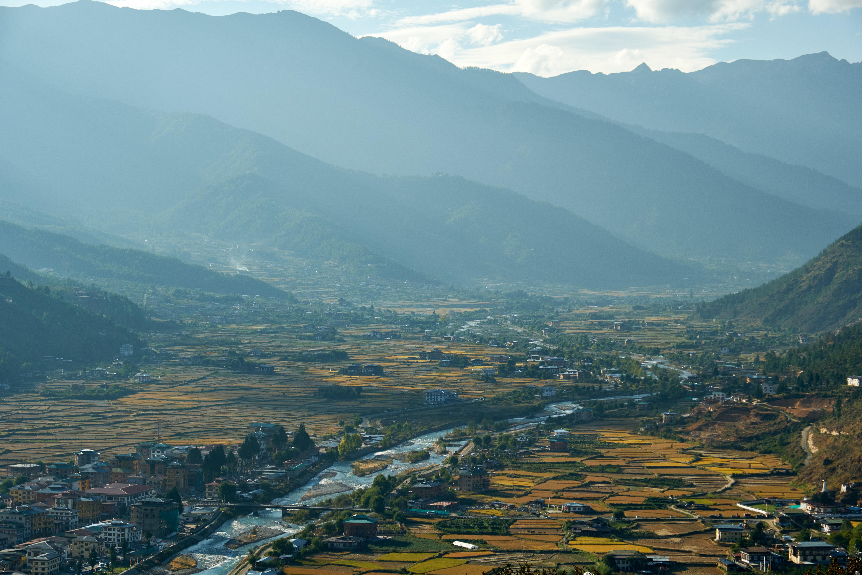 Bhutan, ultimul mare regat din Himalaya (galerie foto)